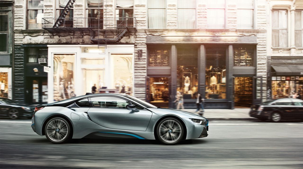 A Bosch rendszereinek is köszönhető, hogy a sportautó átlagfogyasztása 2,1 L/100km
