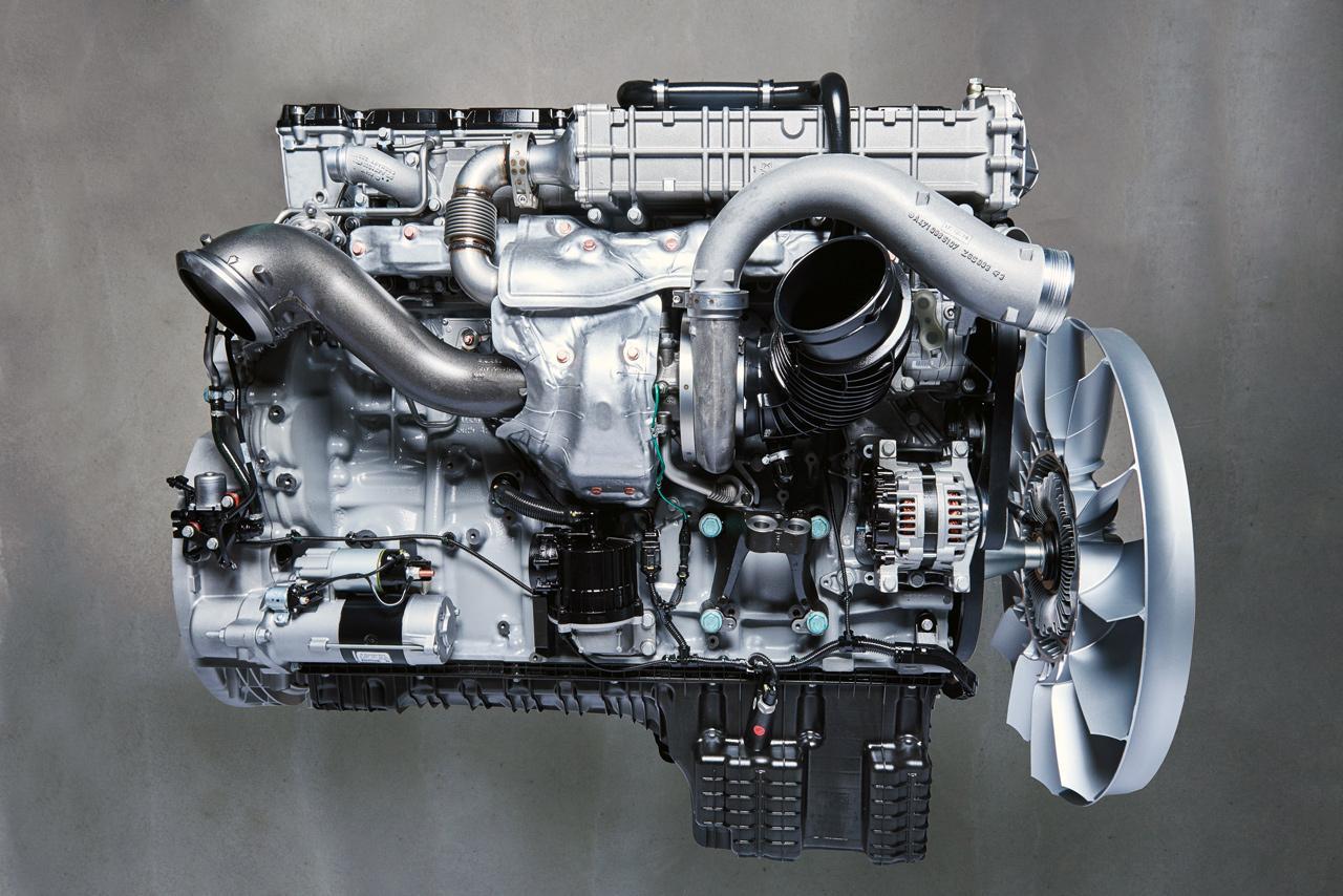 Az OM 470 motor egyik jellegzetessége az aszimmetrikus turbófeltöltés