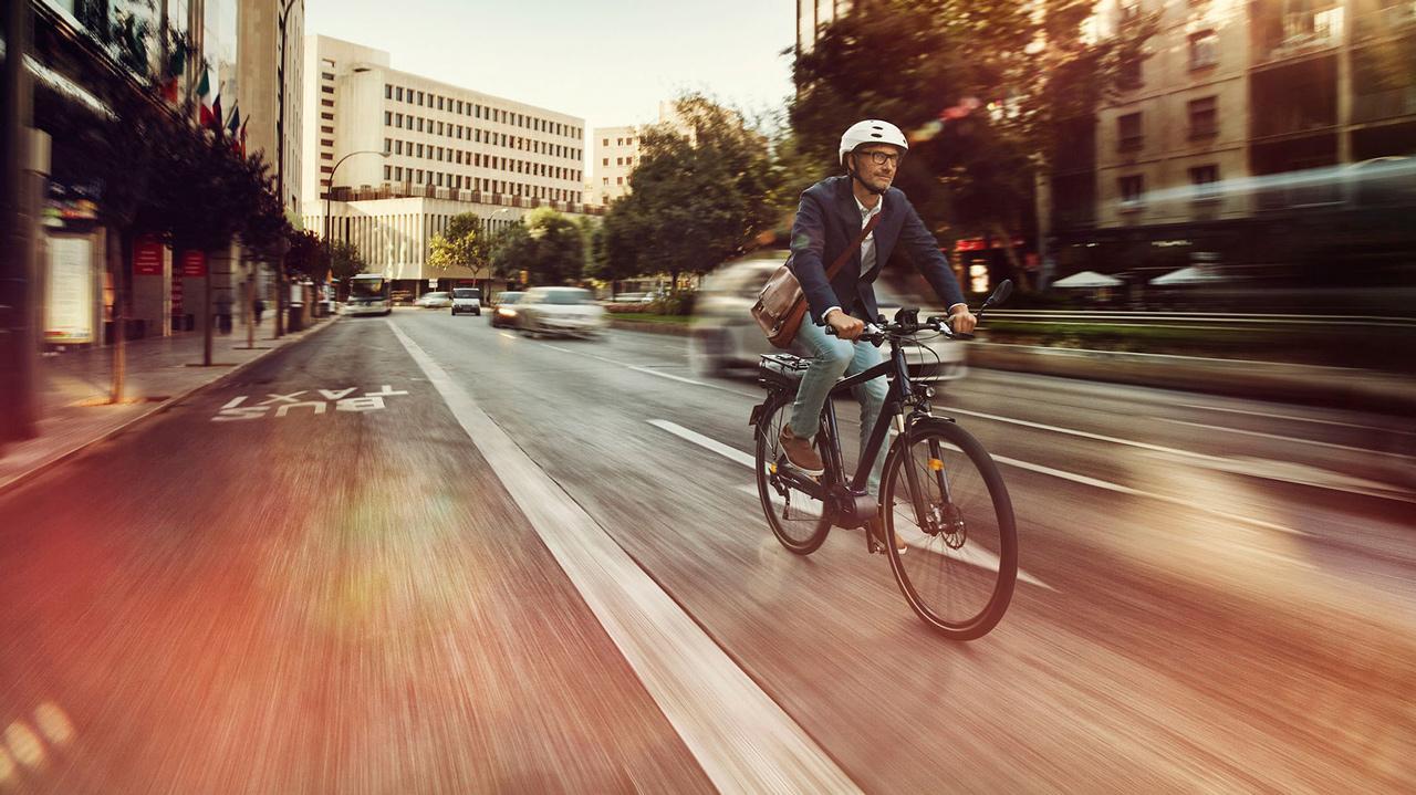 Világító kerékpártól az elektromos bringáig