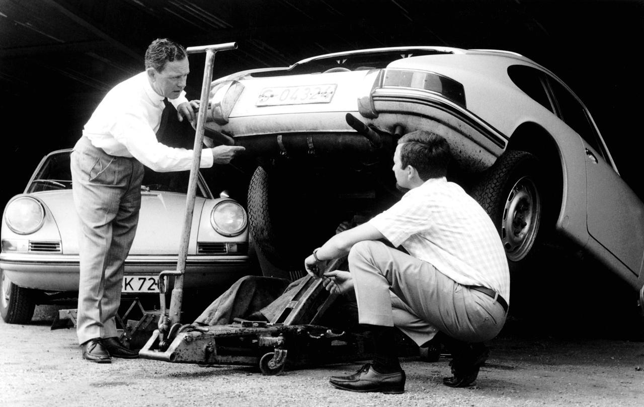 """Ferry és fia """"Butzi"""" Porsche is dolgozott a Bosch kötelékében"""