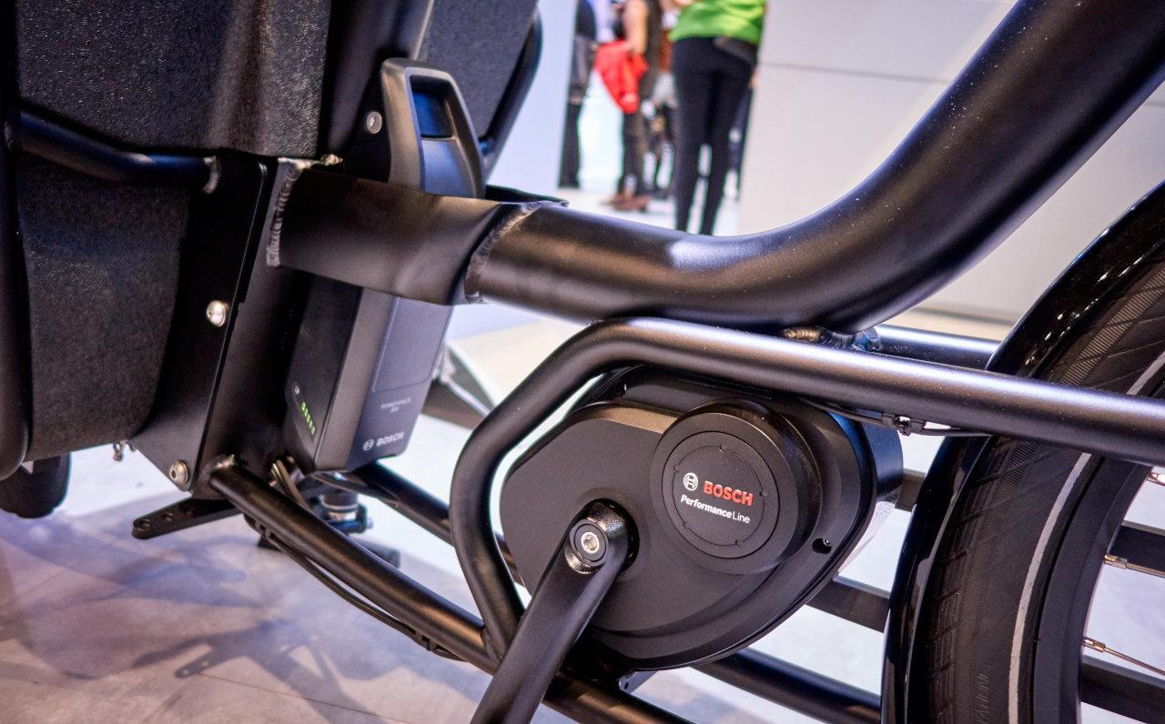 Komplett rendszereket kínál a Bosch a gyártóknak különböző teljesítményszintekkel és alkalmazásokhoz, ezek mindent tartalmaznak: a motoregységet, az akkumulátort, a kijelzőt és a kábelezést is