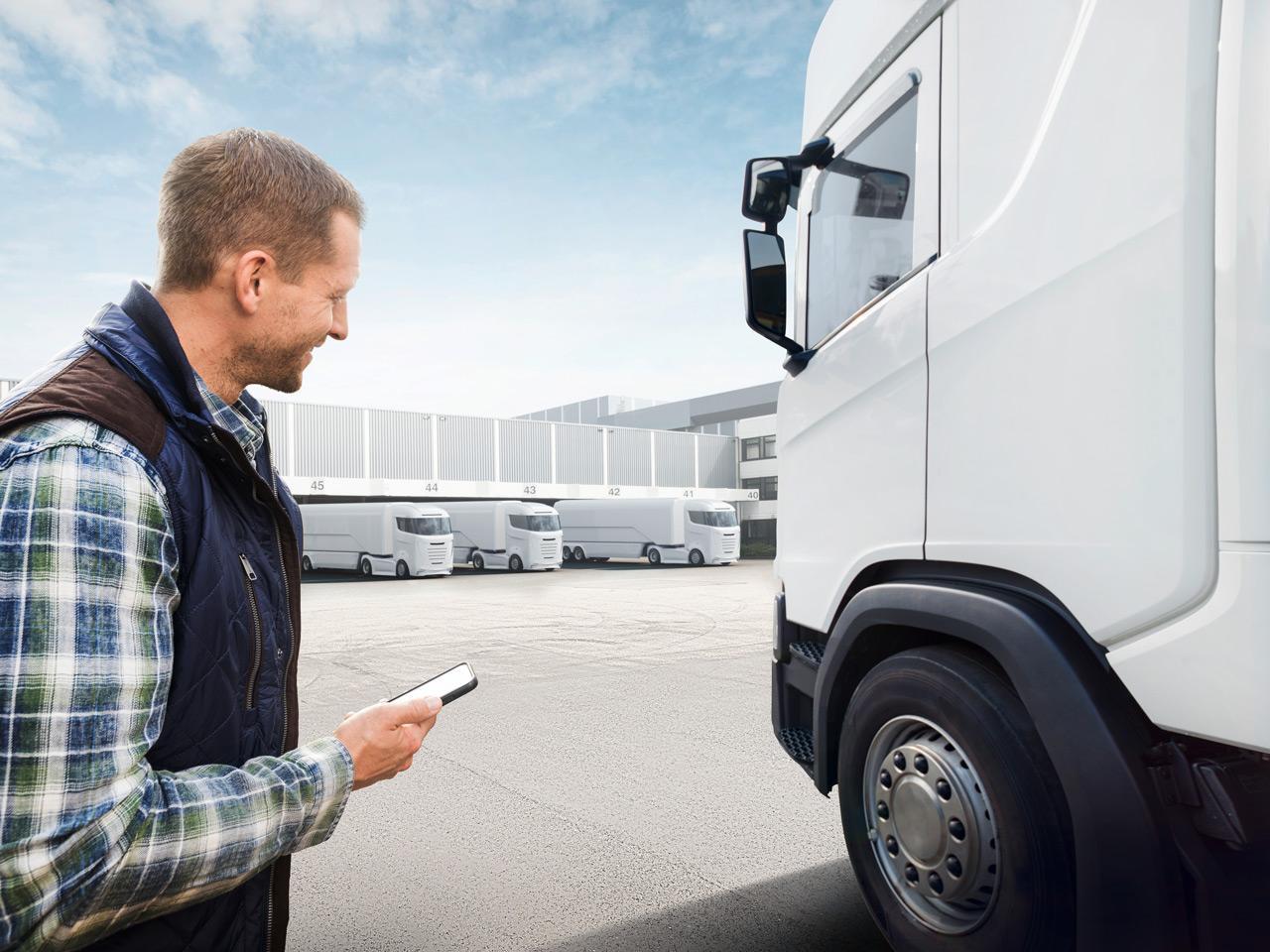 Haszongépjárművek esetében különösen kényelmes a használata, ráadásul a flottamenedzser különböző jogosultságokat tud adni