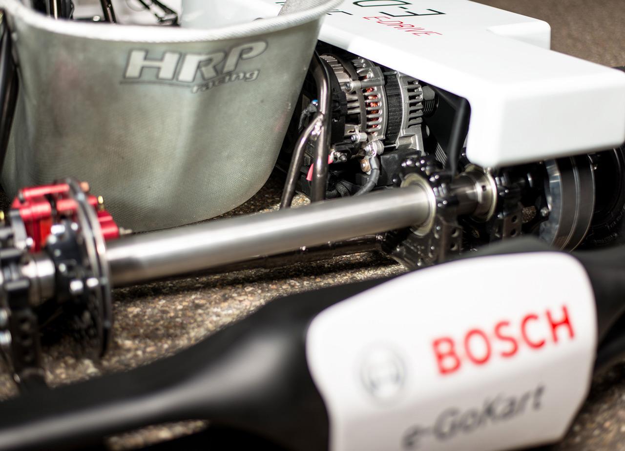 A Bosch mérnökei különböző extrém felhasználási területeken tesztelték a technológiát: itt épp egy versenygokatrot hajt