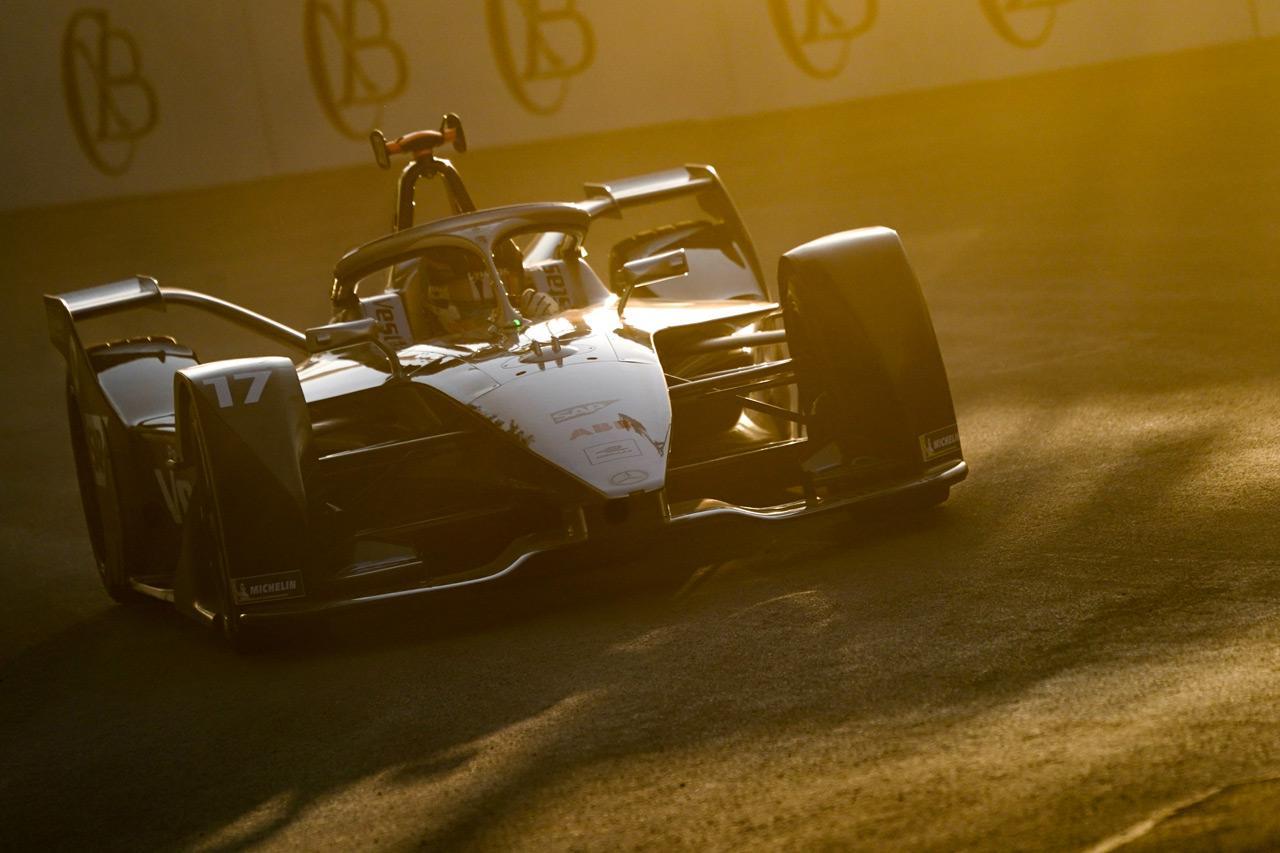 Nemcsak egyre fejlettebbek, egyre jobban is néznek ki a Formula-E versenygépek