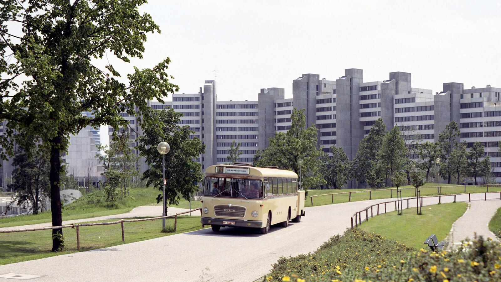 Villanybusz a hetvenes évekből