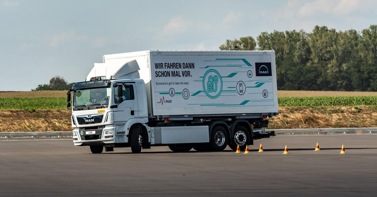 A Bosch már az egyedileg épített, kisszériás nehéztehergépjárművekhez is kínált komponenseket