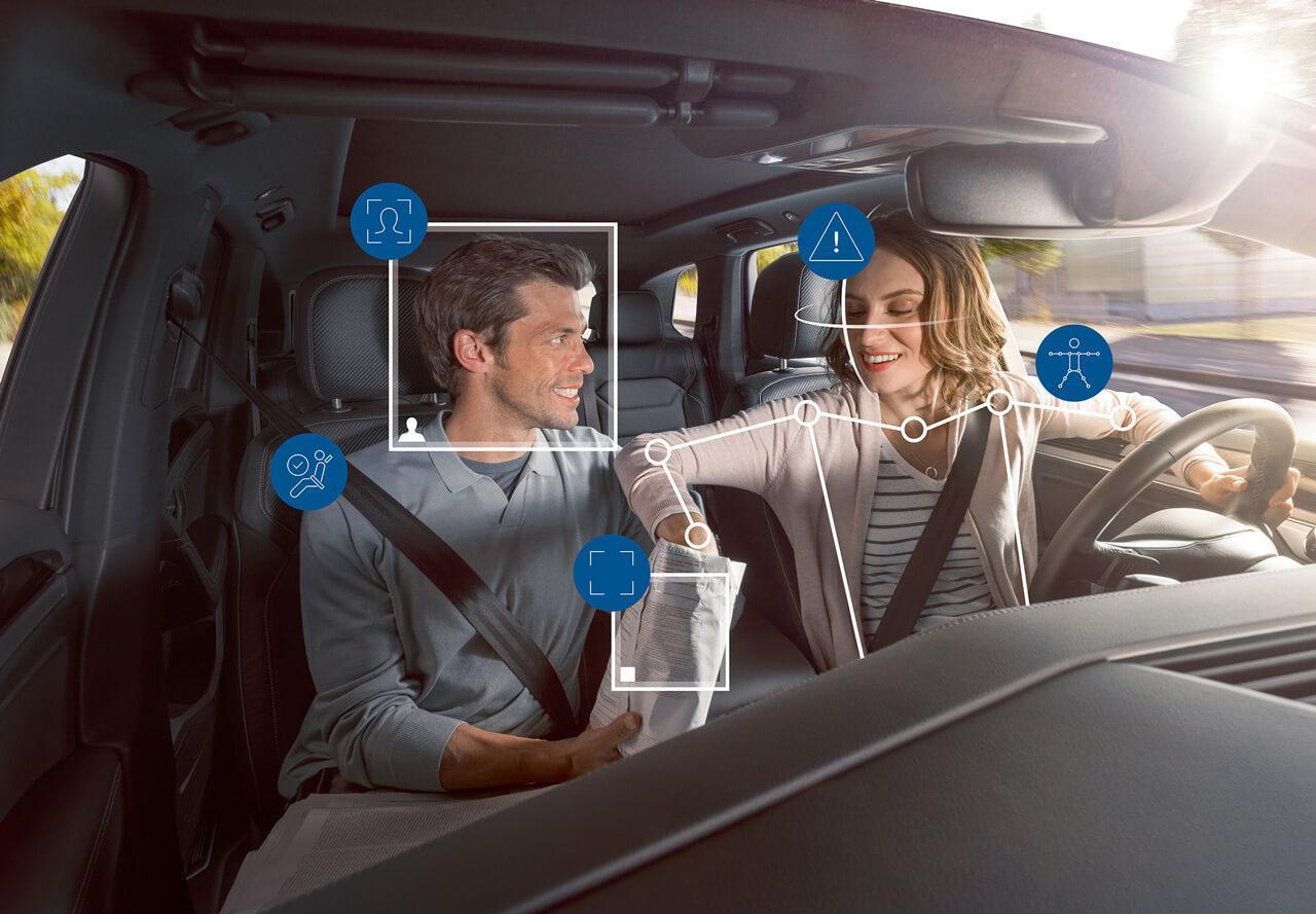 A belső teret figyelő kamerák a mesterséges intelligencia segítségével sok balesetet megelőzhetnek