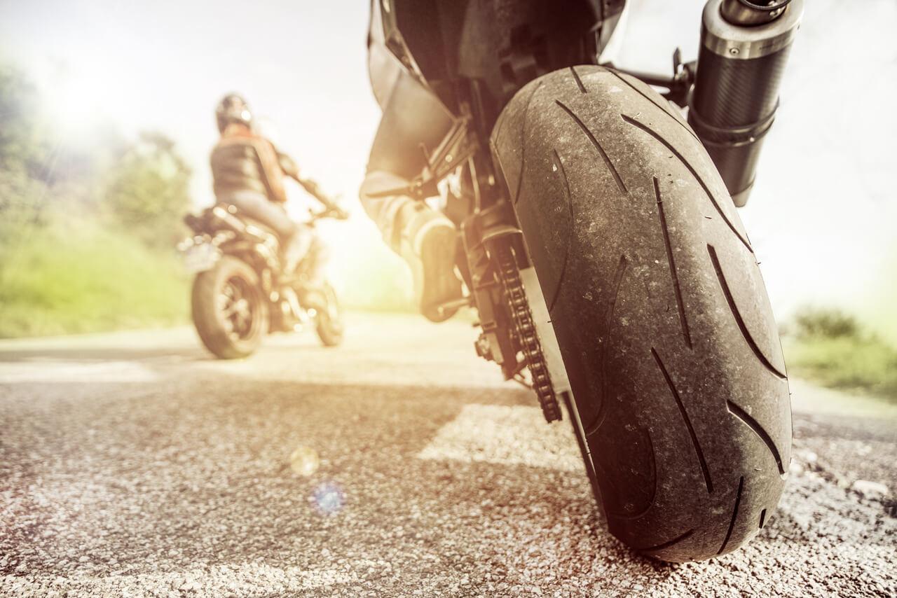 Az új rendszerek nem elveszik a motorozás élményét, hanem biztonságosabbá teszik a közlekedést