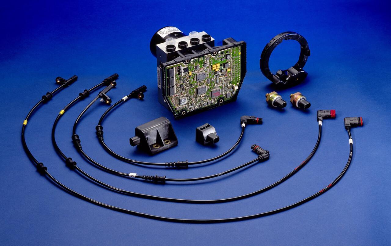 Az ESP egy összetett rendszer, ugyanakkor nem alkotják bonyolult és nehéz alkatrészek
